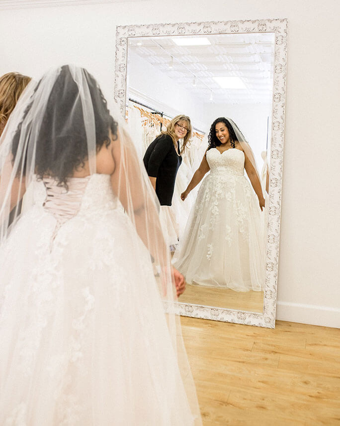 Real Brides Wearing Stella York: Plus-Size Wedding Dress Shopping Tips From Alex Larosa
