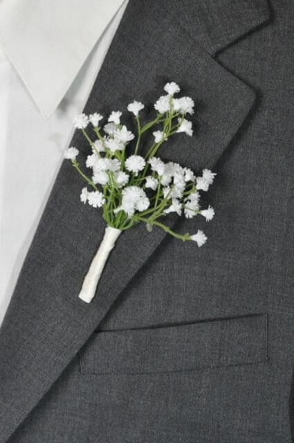 simple wedding boutonnière