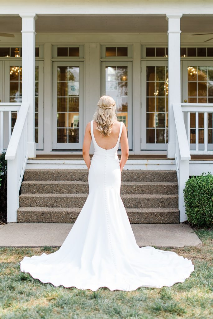 Real Martina Liana Bride showing back of her dress