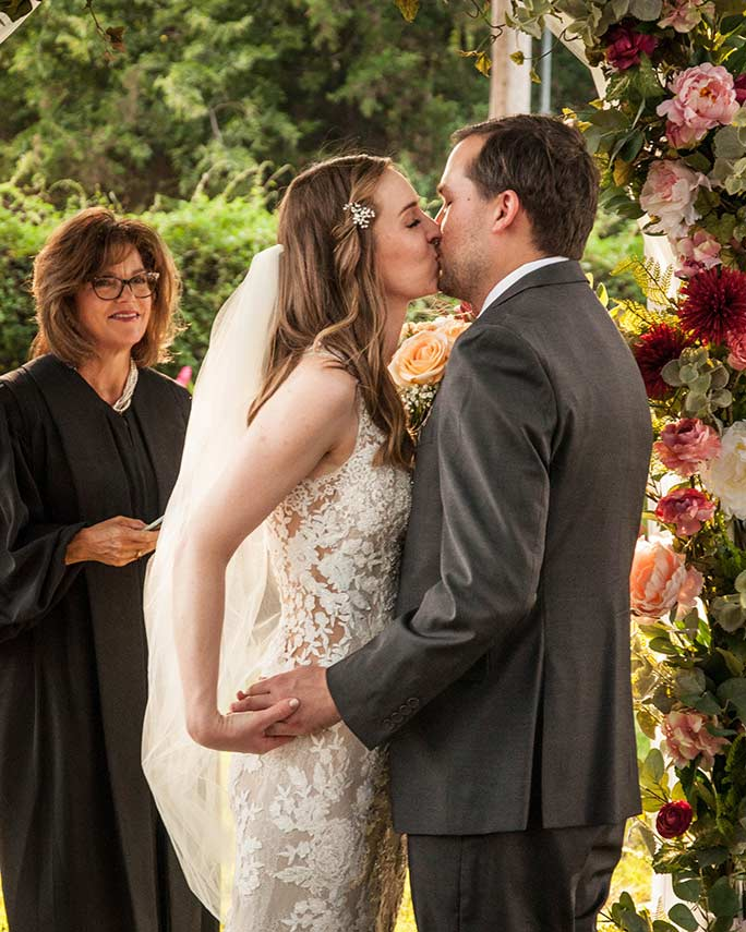 christine kissing husband - style is 6933 by stella york